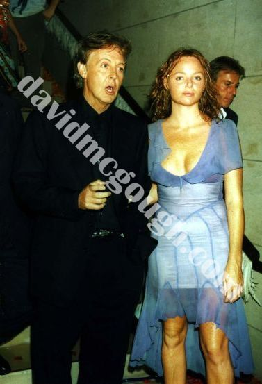 Paul McCartney And Daughter 1999 NY7