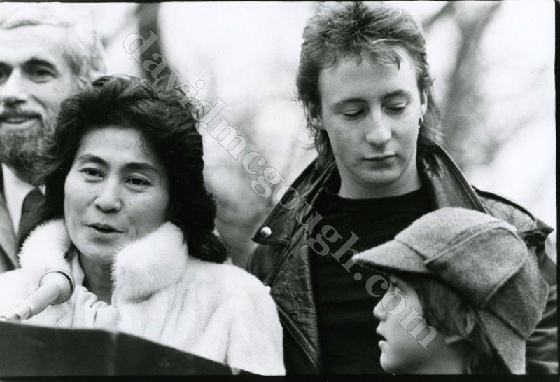 Yoko Ono Julian Lennon Sean 1982 NYC